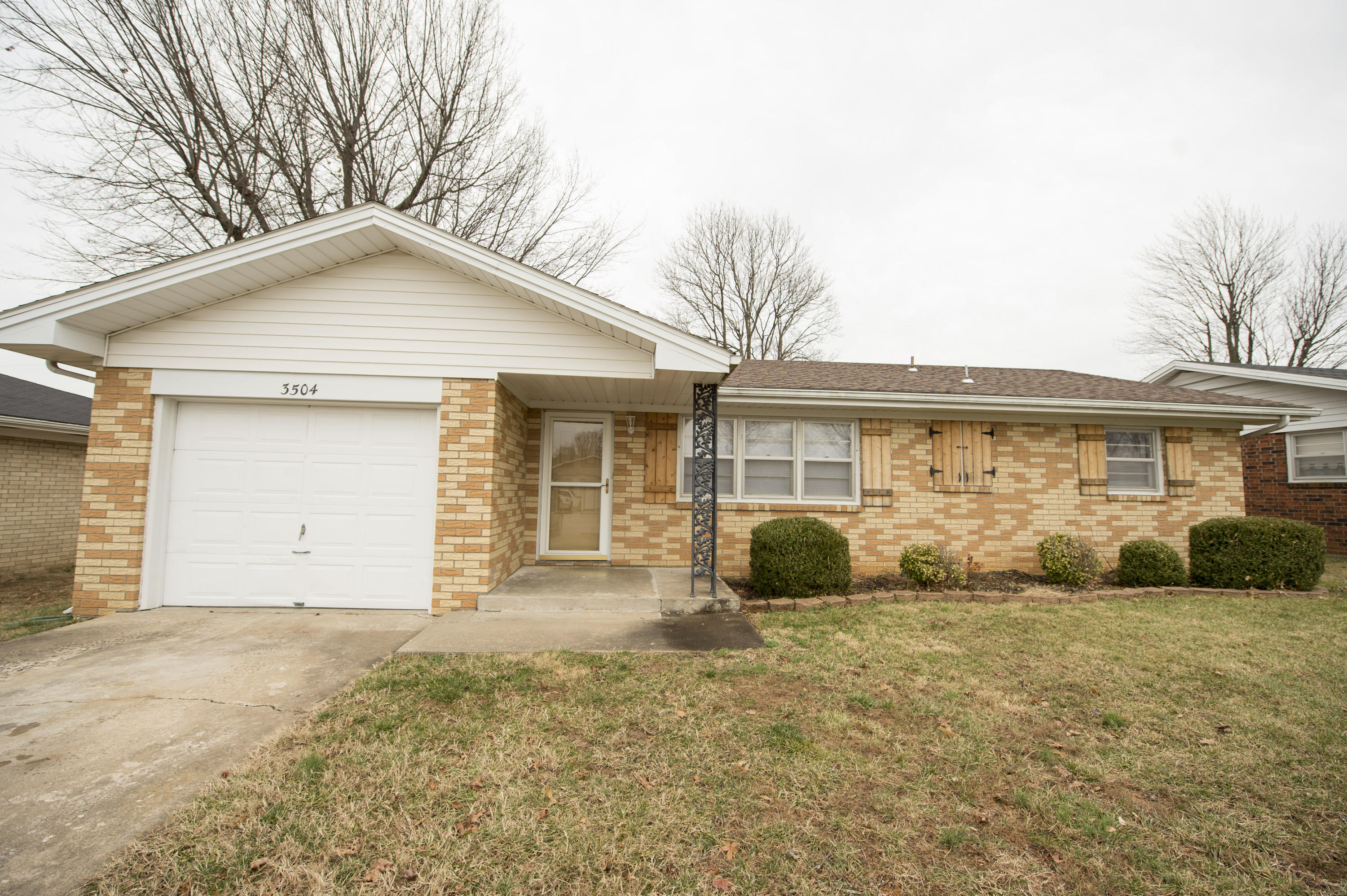 3504 North Fremont Avenue Springfield, MO 65803