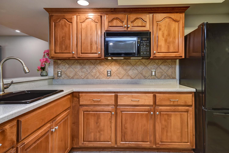 628 North Rockingham Avenue Nixa, MO 65714