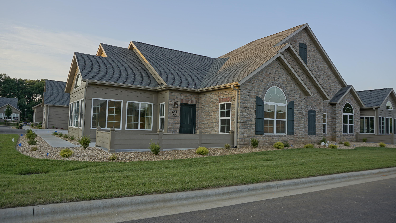 823 East Kings Mead Circle #1 Nixa, MO 65714