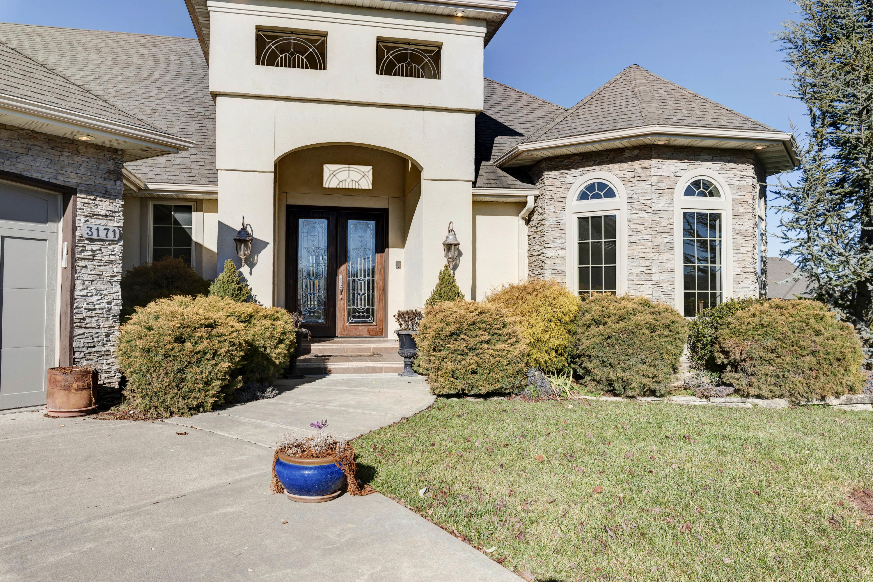 3171 West Lakefront Court Springfield, MO 65810