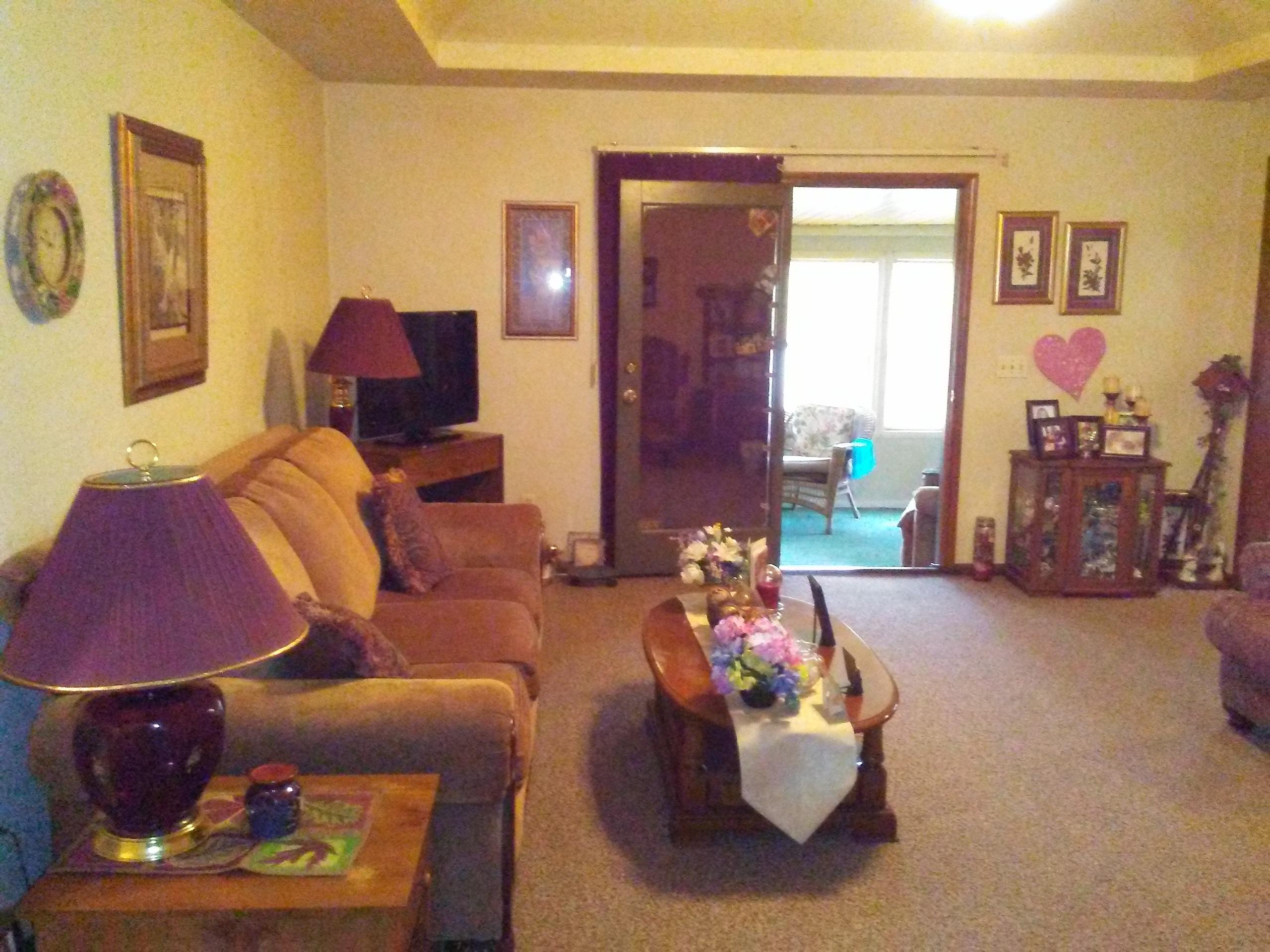 216 Thelma Avenue Rogersville, MO 65742