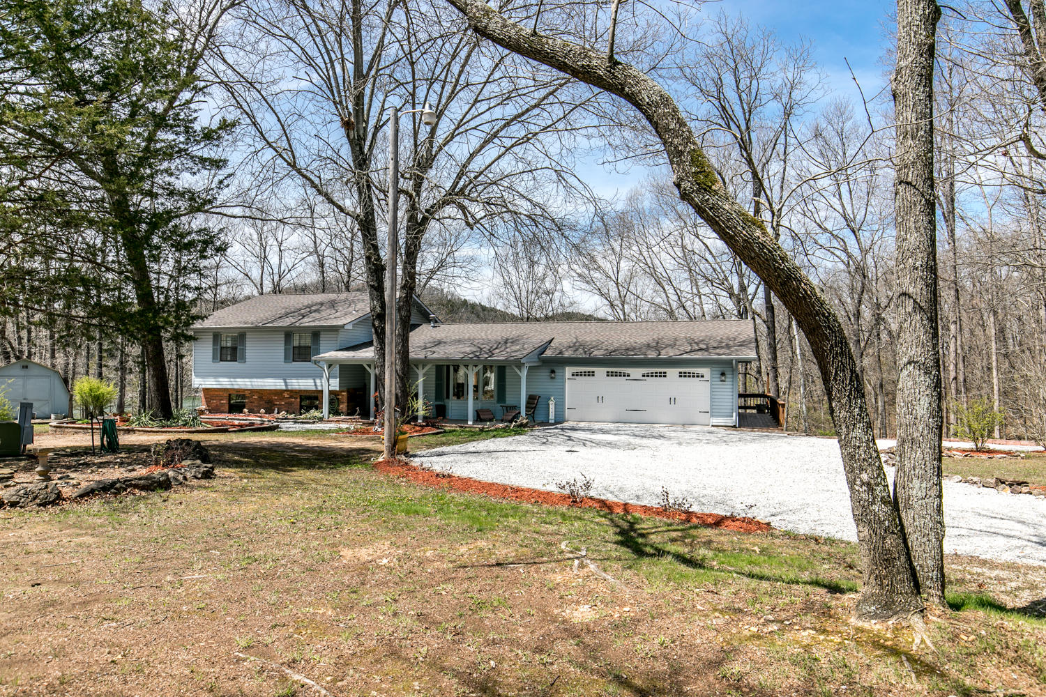 897 Turkey Tree Road Galena, MO 65656