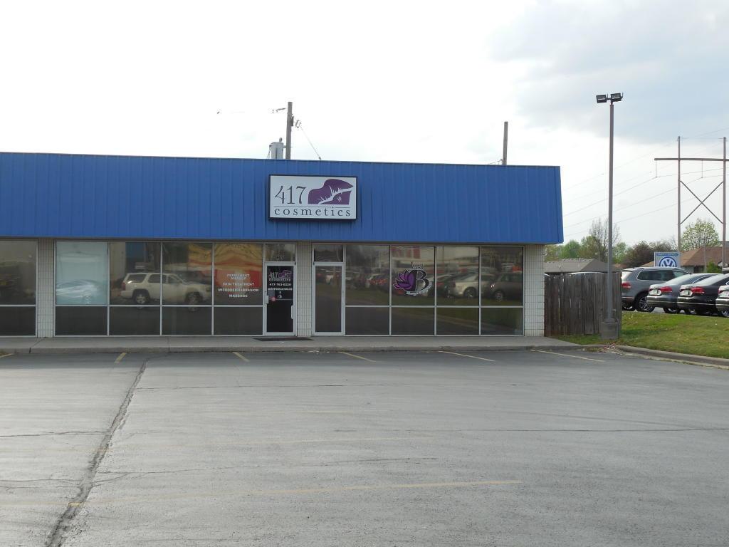 3165 South Campbell #B7-B8 Springfield, MO 65807