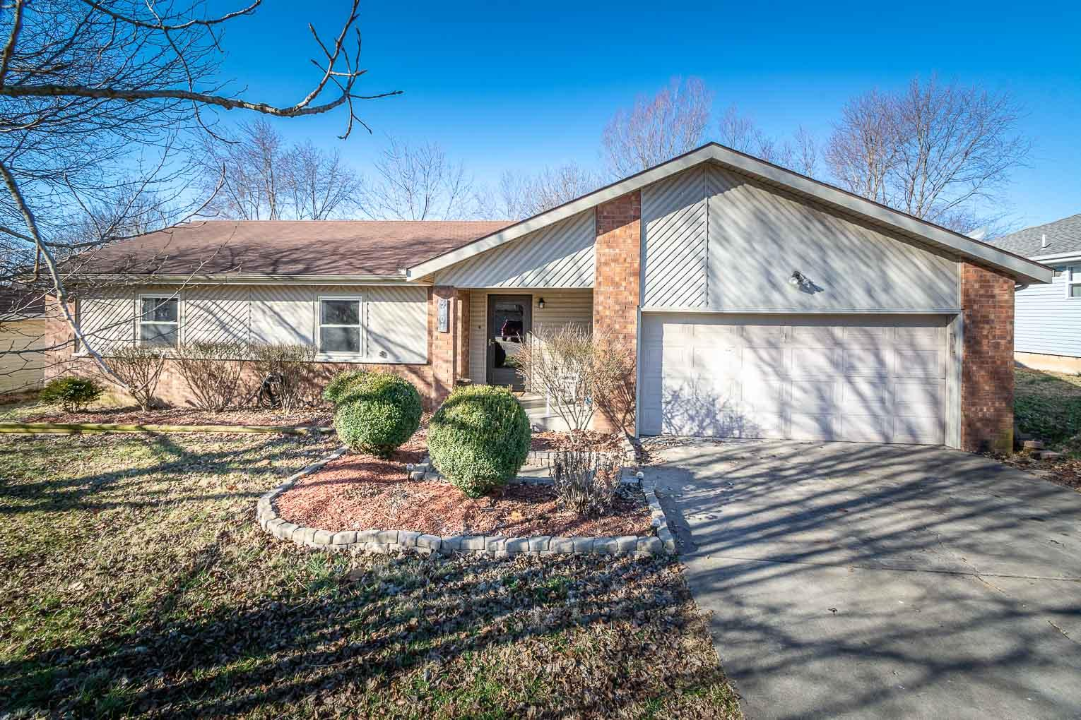 5807 South Tulip Lane Battlefield, MO 65619