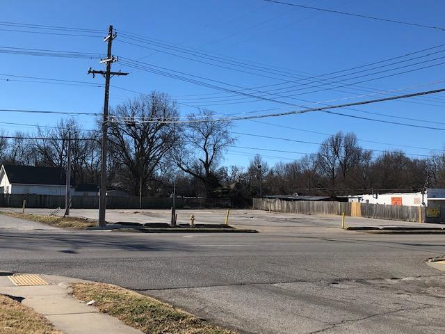 1348 East Kearney Street Springfield, MO 65803
