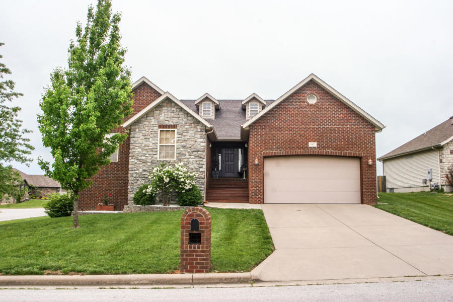 661 North Althea Nixa, MO 65714