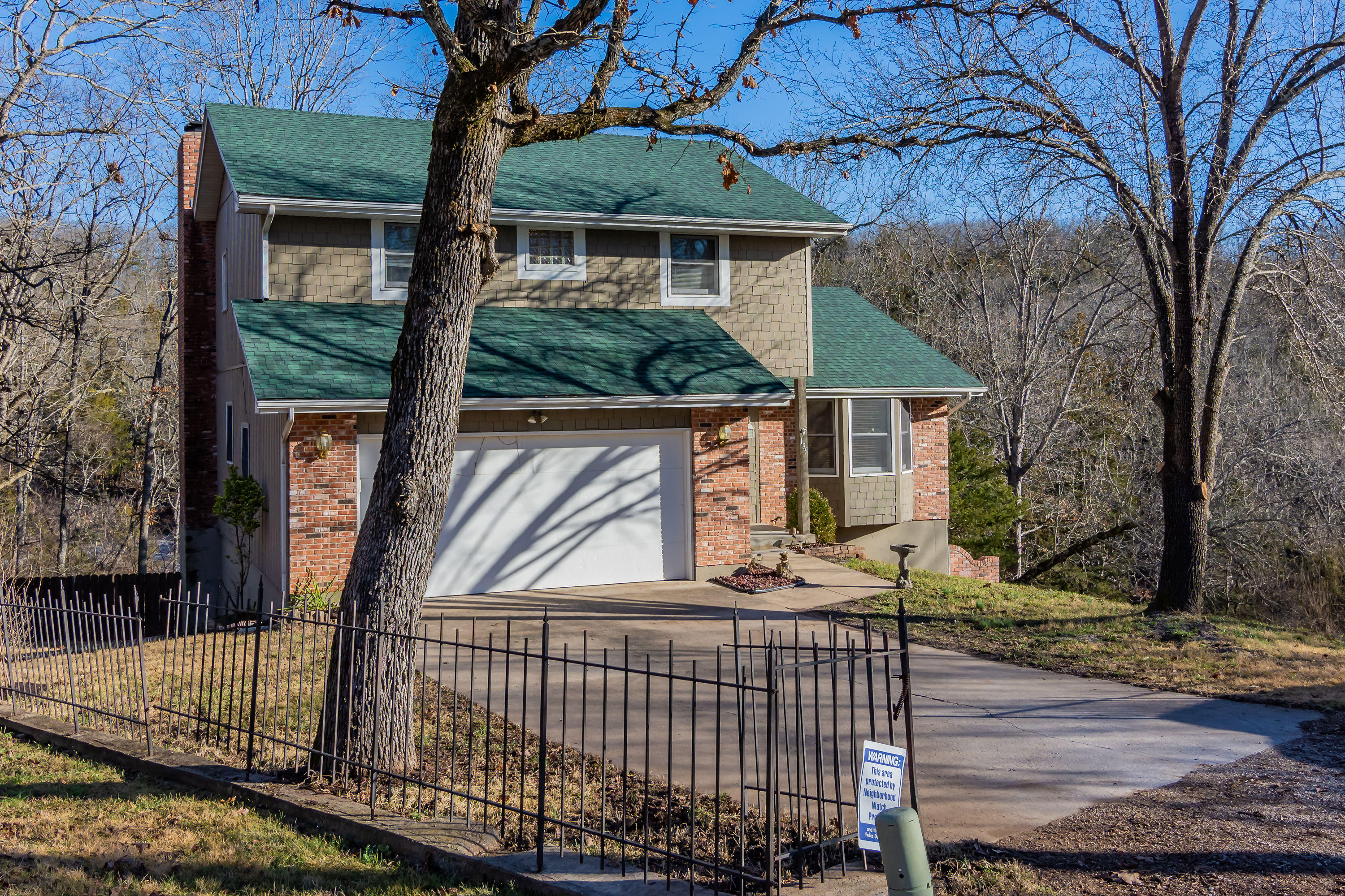 199 Creekside Avenue Forsyth, MO 65653