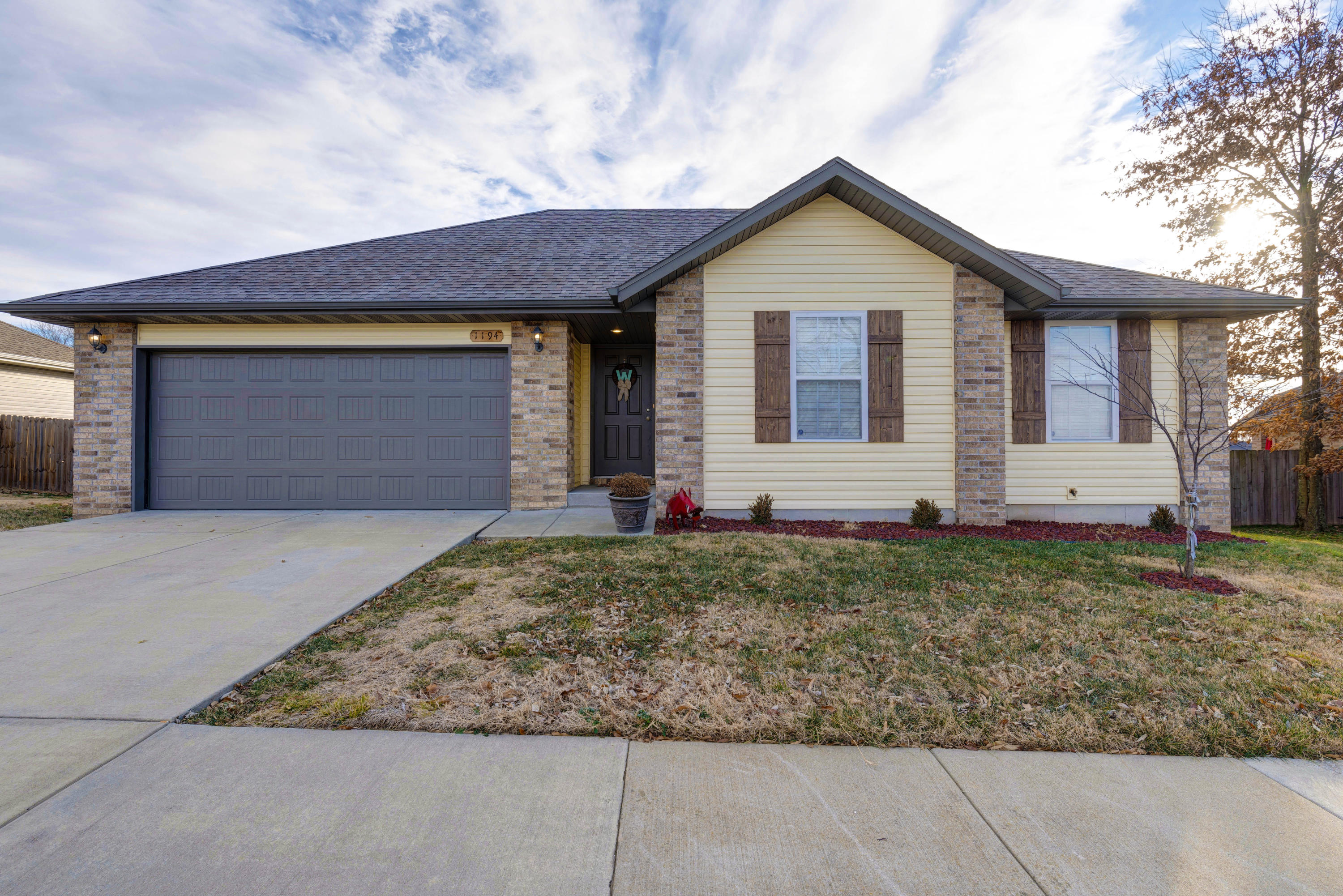 1194 South Strasbourg Avenue Springfield, MO 65802