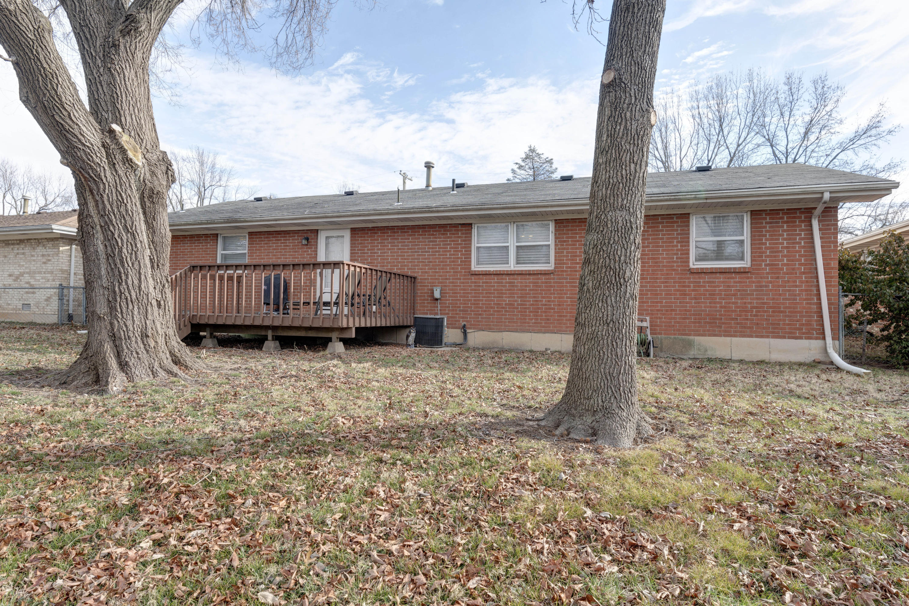 2457 South Dollison Avenue Springfield, MO 65807