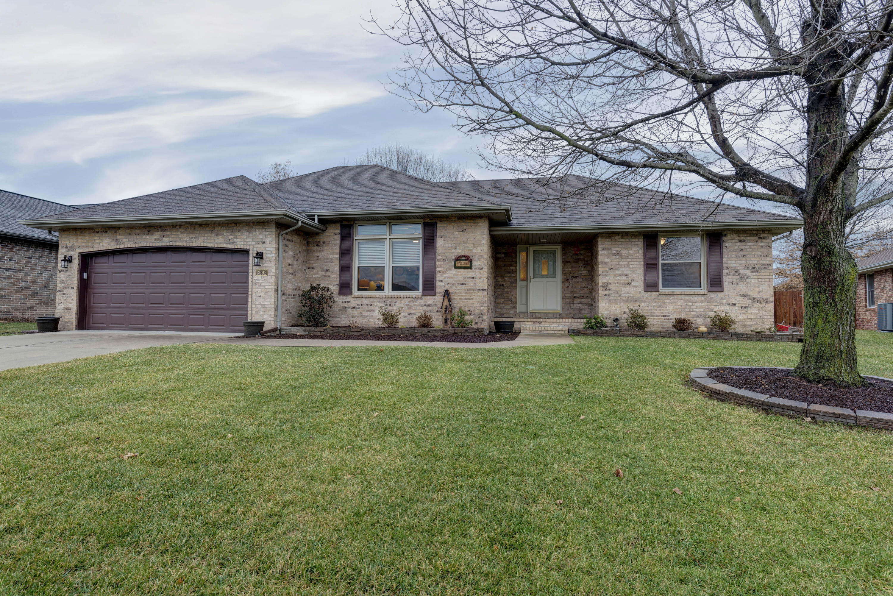 3592 West Countryside Drive Springfield, MO 65807