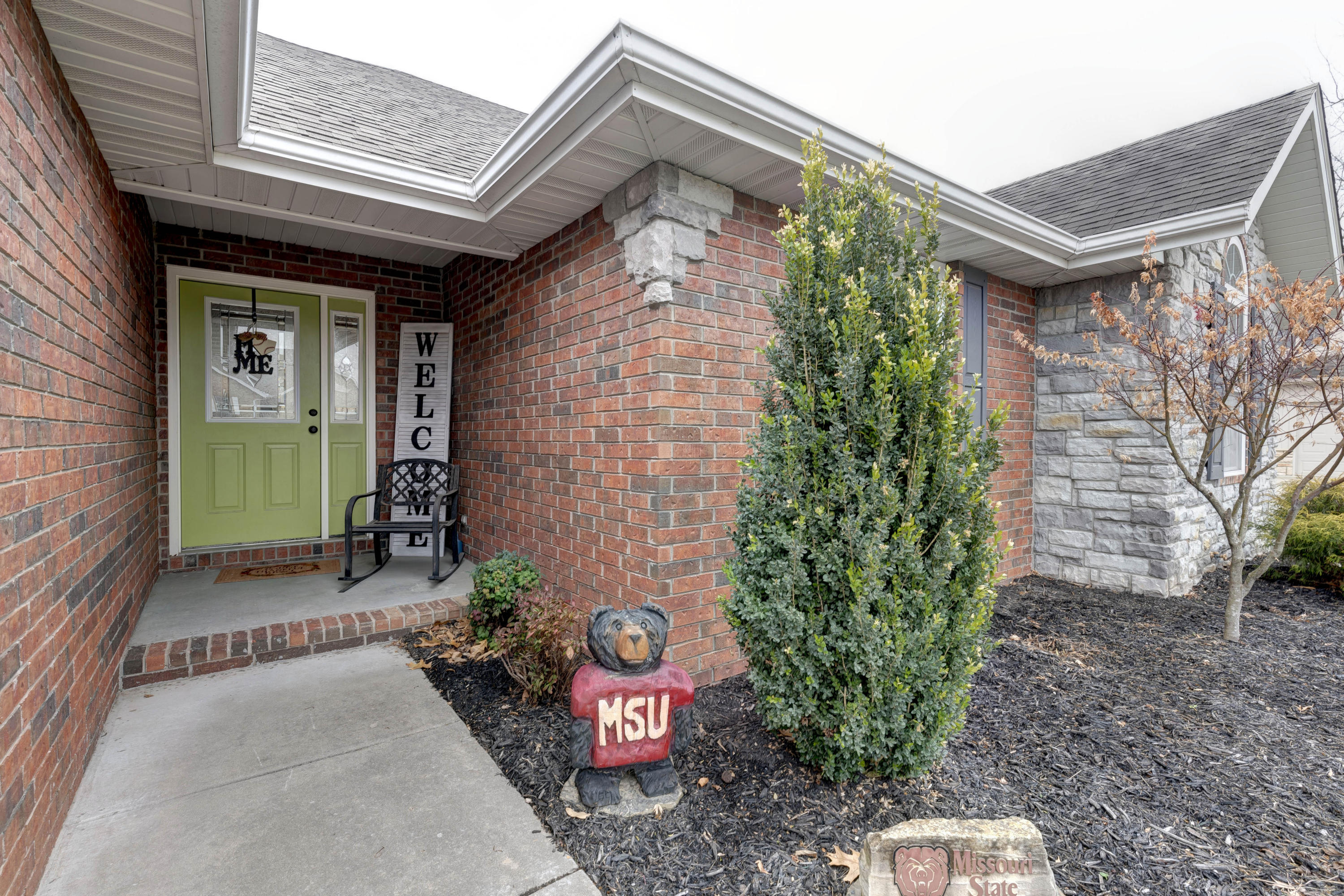 736 South Meteor Avenue Springfield, MO 65802