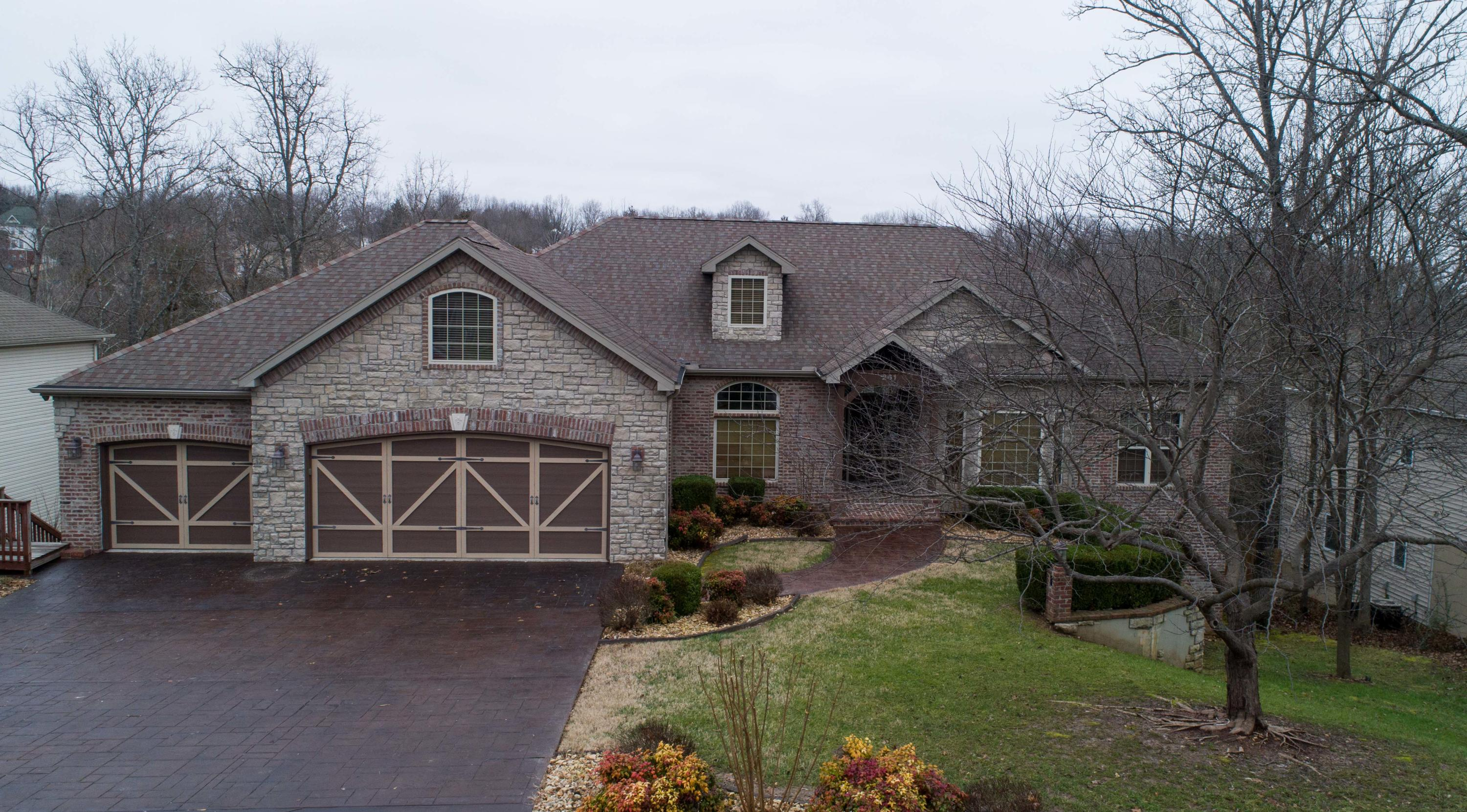 261 Country Bluff Drive Branson, MO 65616
