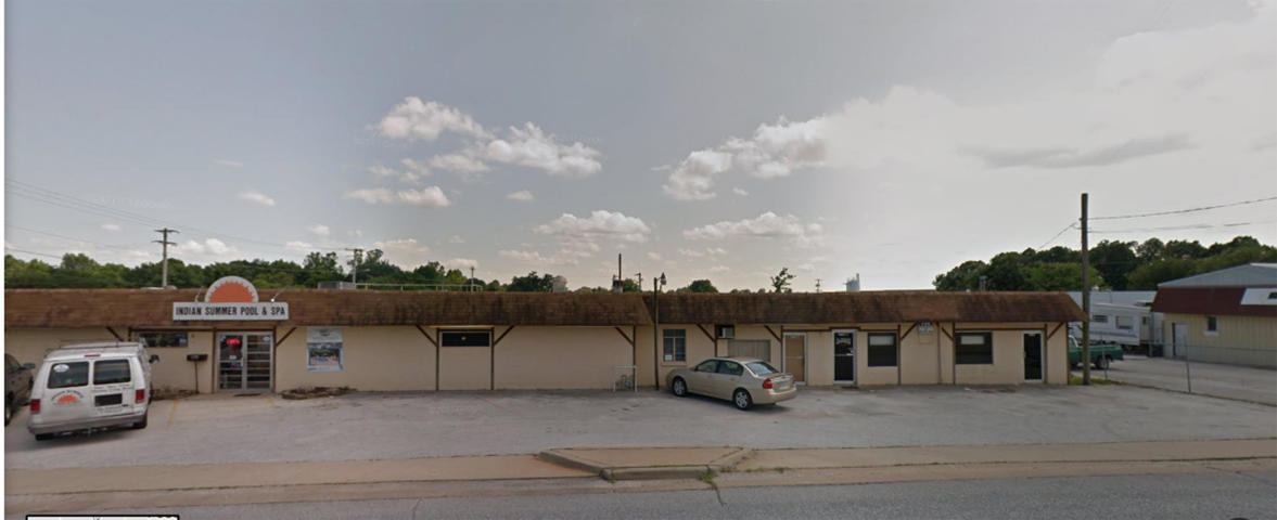 2754 East Division Street #B Springfield, MO 65803