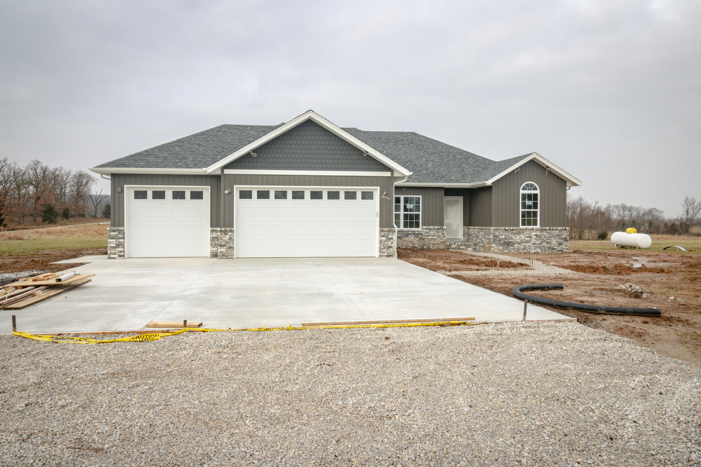 9833 State Highway 125 Fair Grove, MO 65648