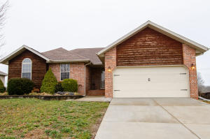 798 North Cox Avenue, Republic, MO 65738