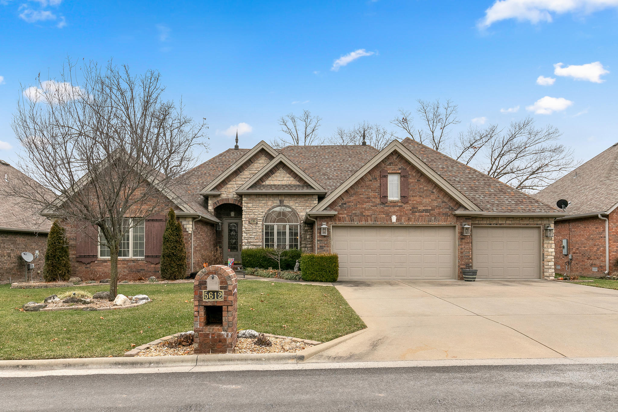 5612 South Timber Court Springfield, MO 65804