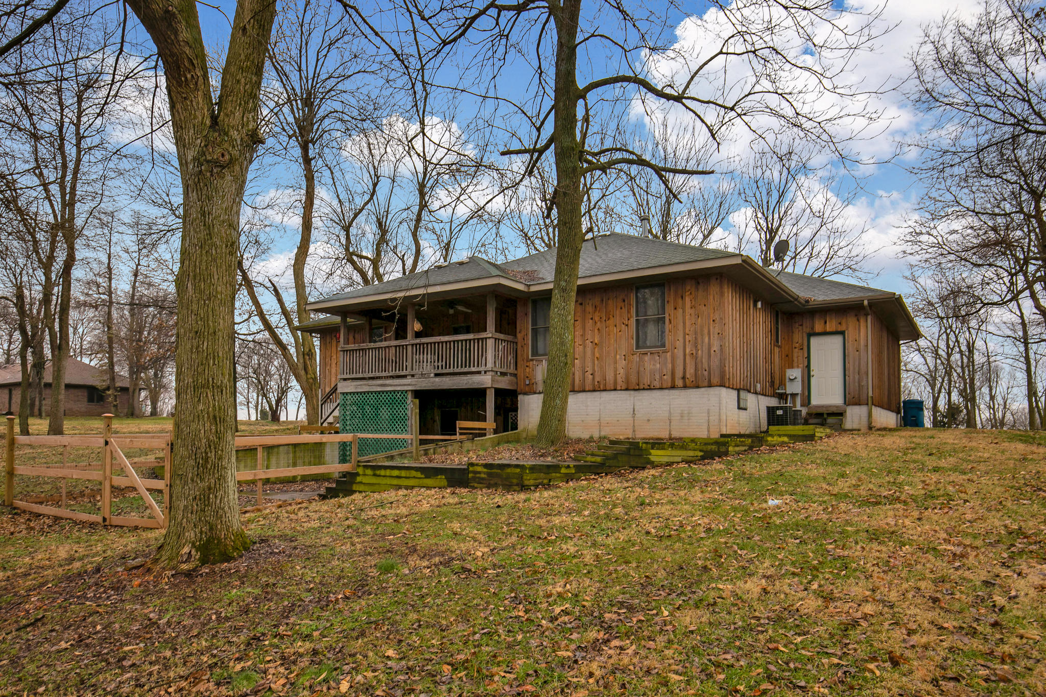 1484 South Farm Rd Springfield, MO 65802