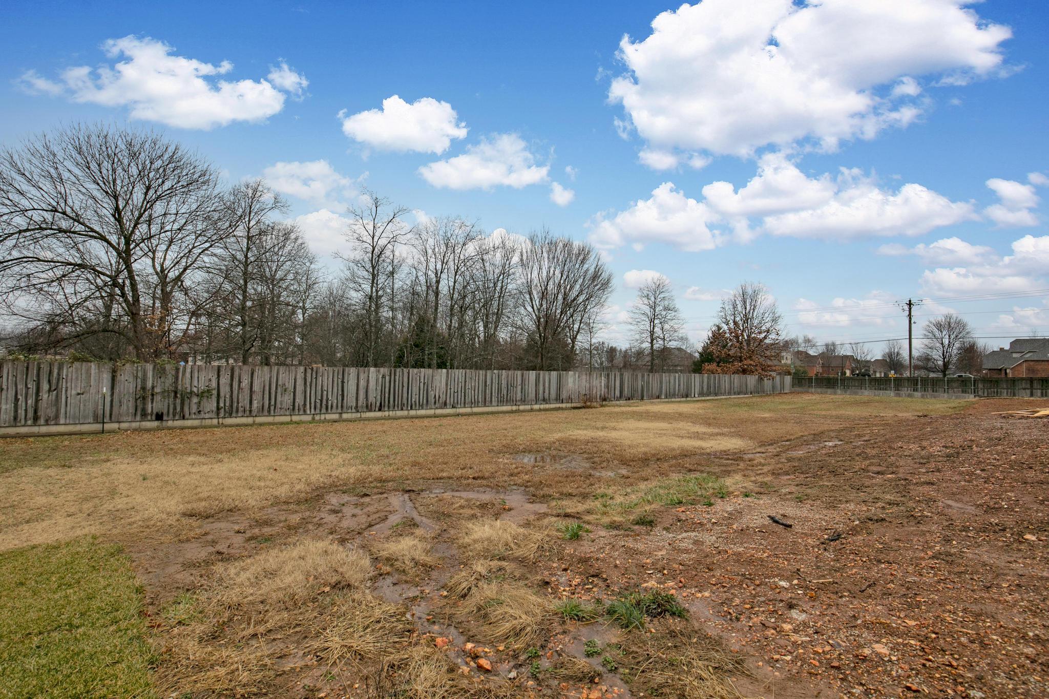5011 South Prairie View Court Battlefield, MO 65619