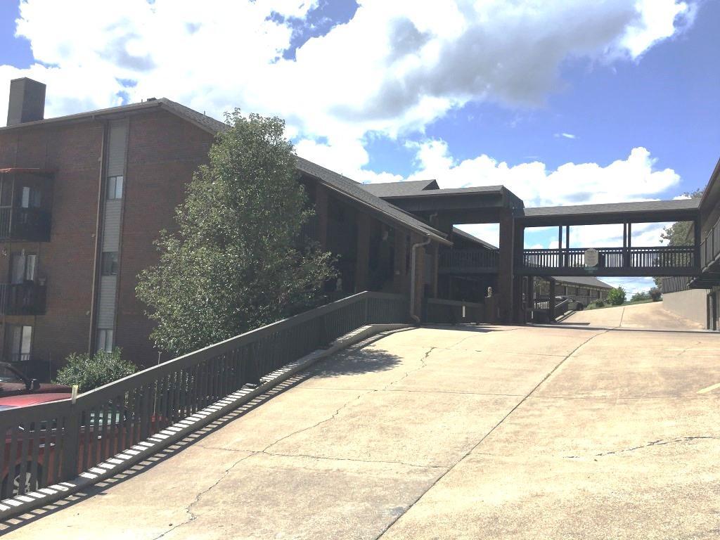 150 Sunken Forest Drive #Building 1 Unit 99 Forsyth, MO 65653