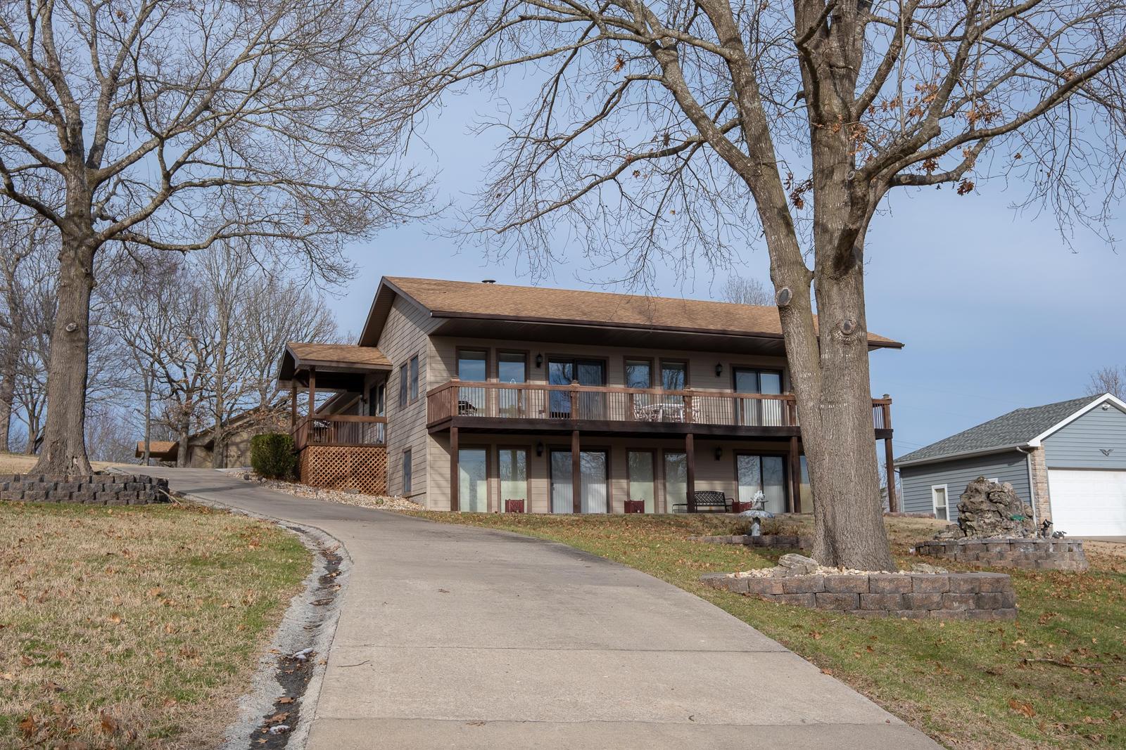 191 Lake Front Circle Kimberling City, MO 65686