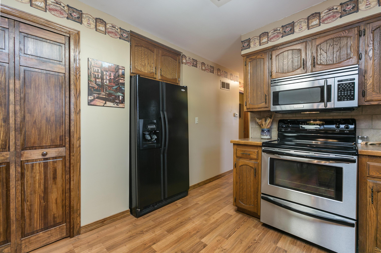 8 Pine Lane Kimberling City, MO 65686