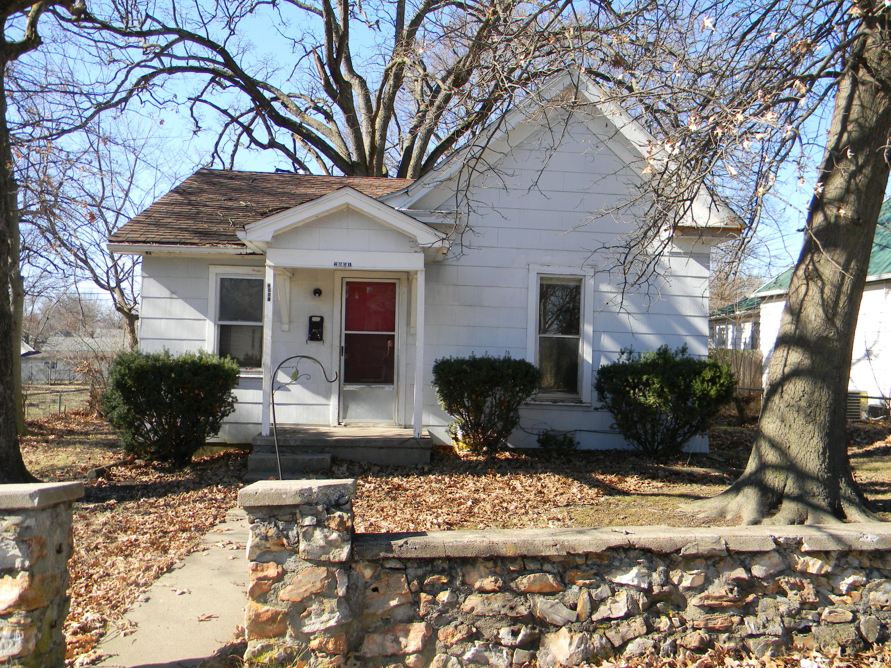2051 North Pickwick Avenue Springfield, MO 65803