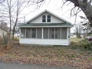 216 South Maple Avenue, Republic, MO 65738