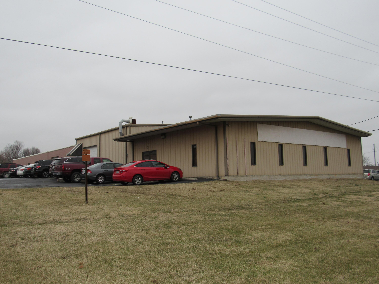 1848 North Deffer Drive Nixa, MO 65714