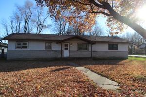 4562 West La Casa Street, Springfield, MO 65802
