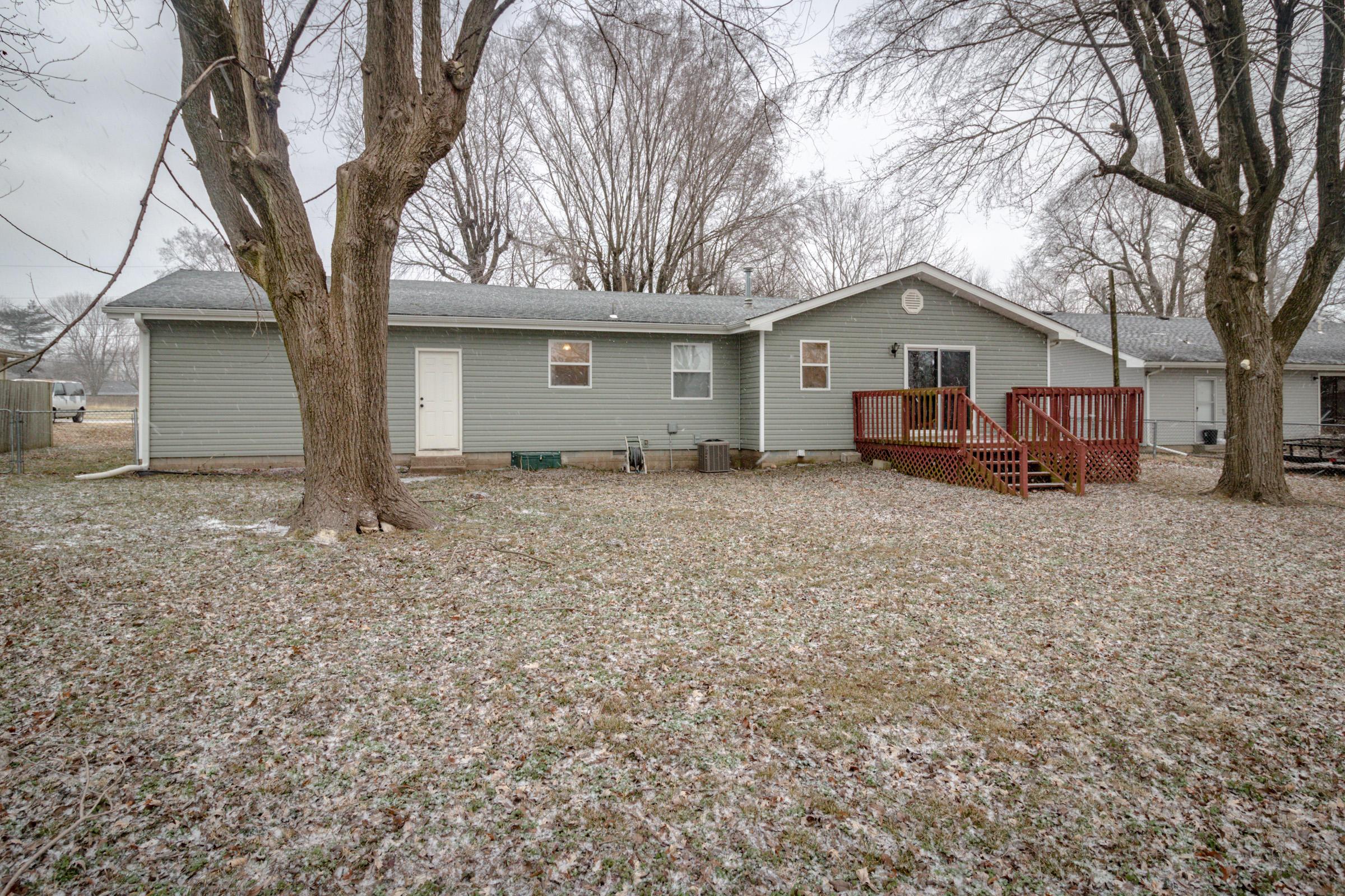 3845 South Geri Avenue Springfield, MO 65807