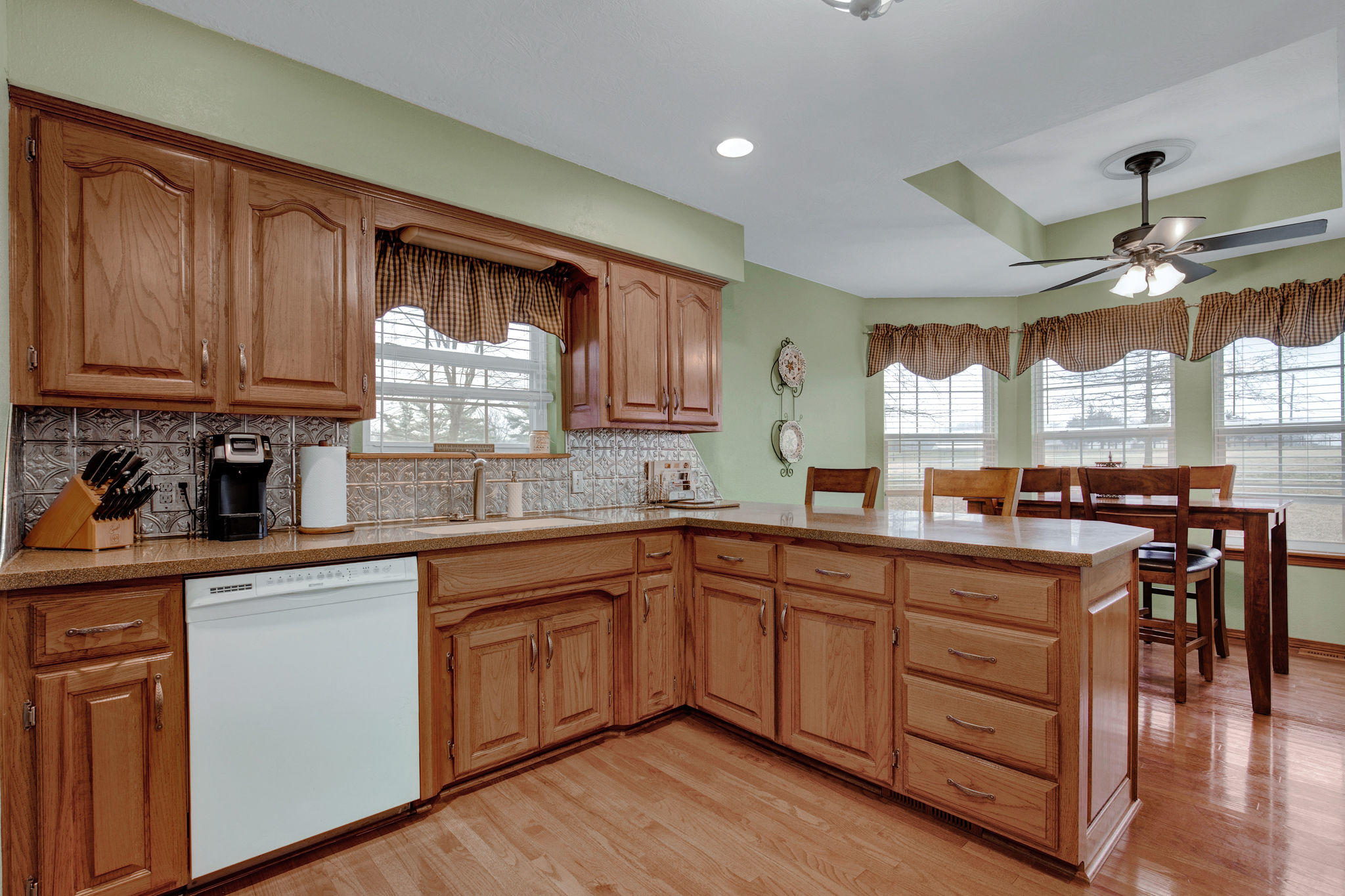 6402 West Meadow Drive Springfield, MO 65802