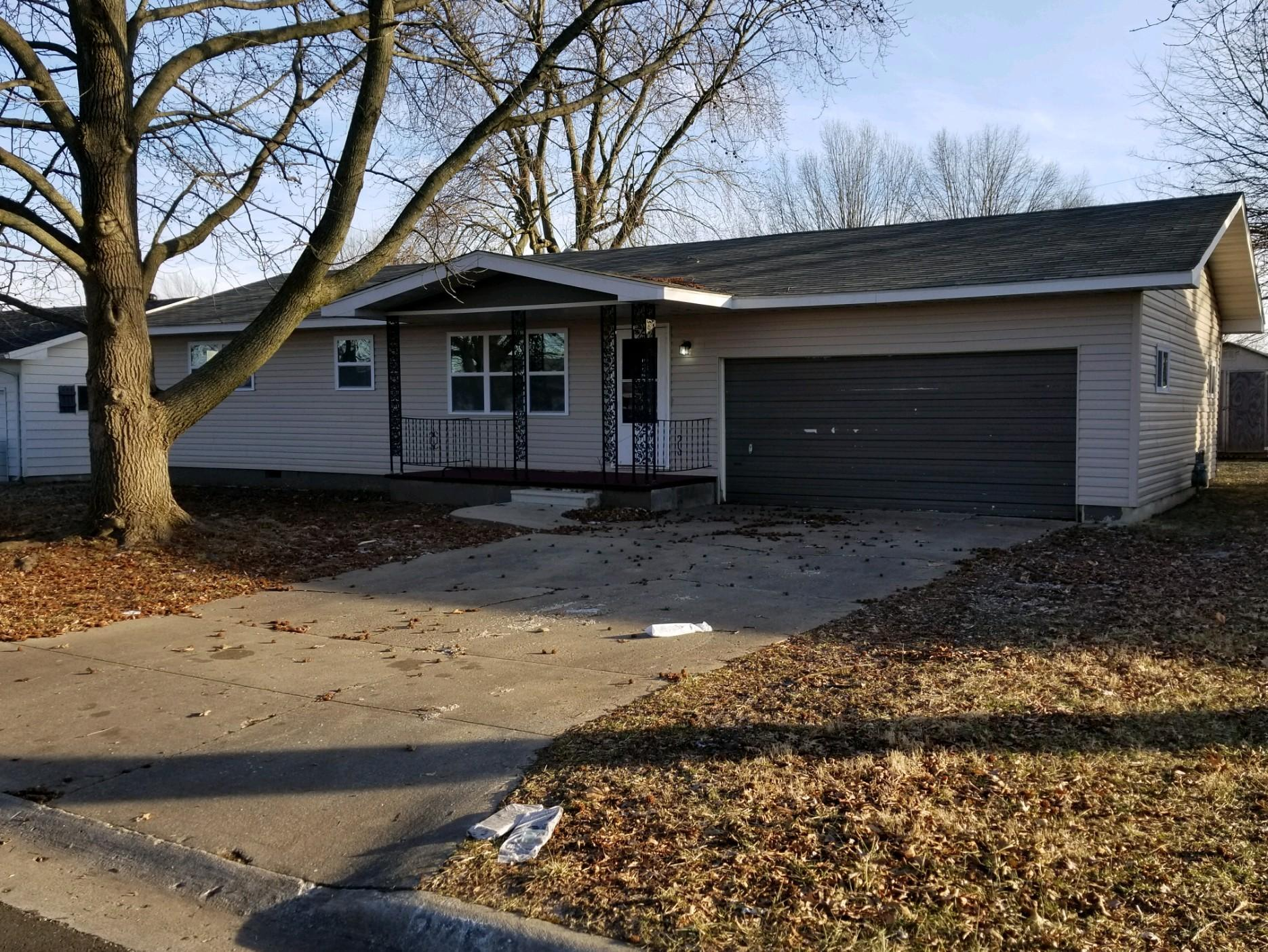 2752 West Chicago Street Springfield, MO 65803
