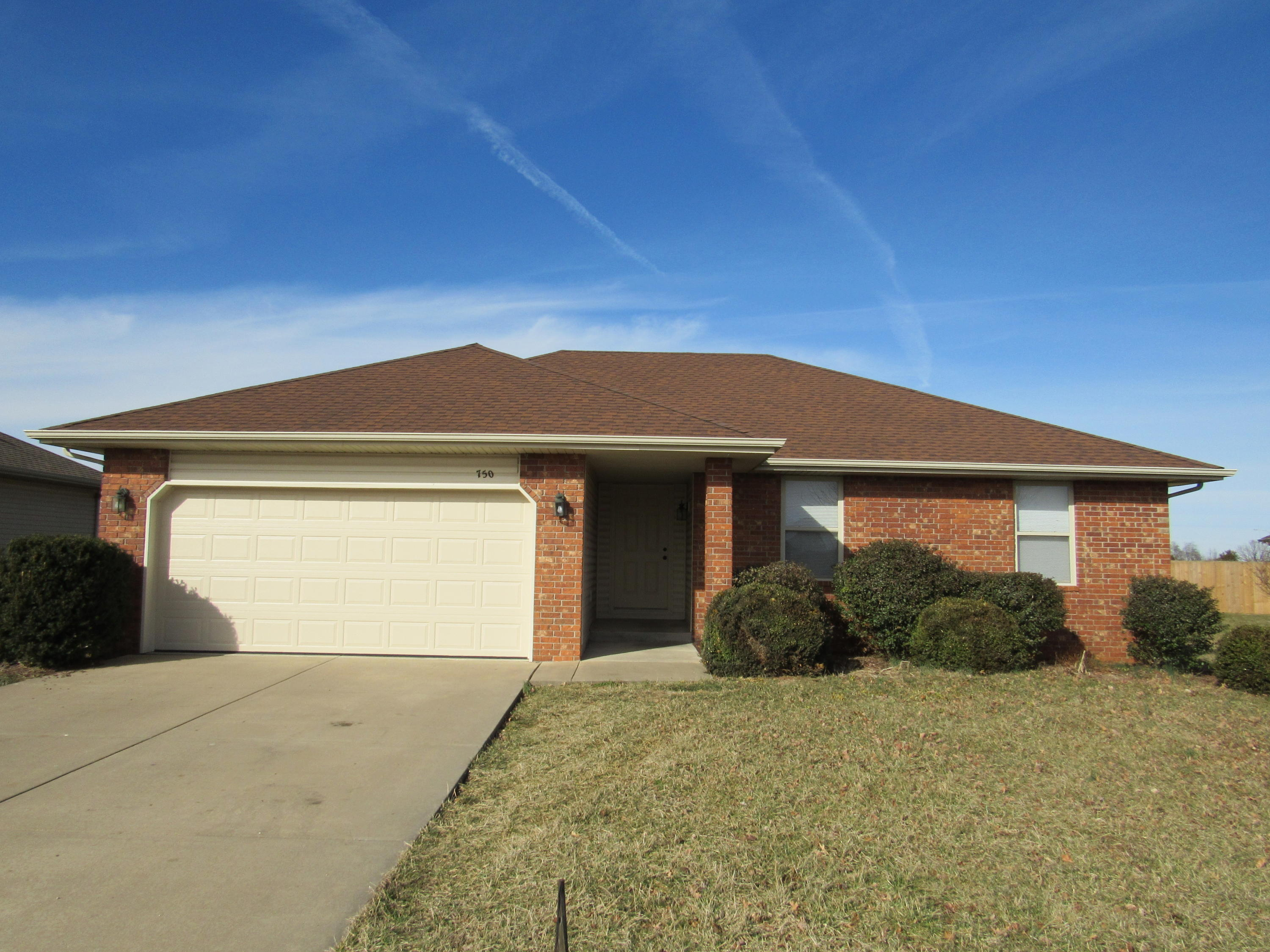 750 Jefferson Court Rogersville, MO 65742
