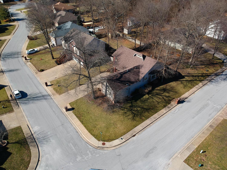 1203 West Merlin Drive Ozark, MO 65721