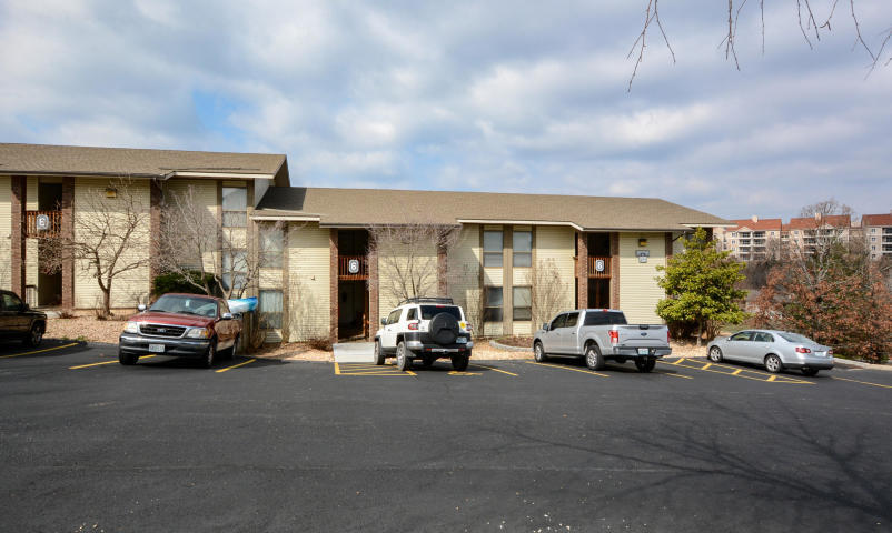 243 Clubhouse Drive #22 Branson, MO 65616