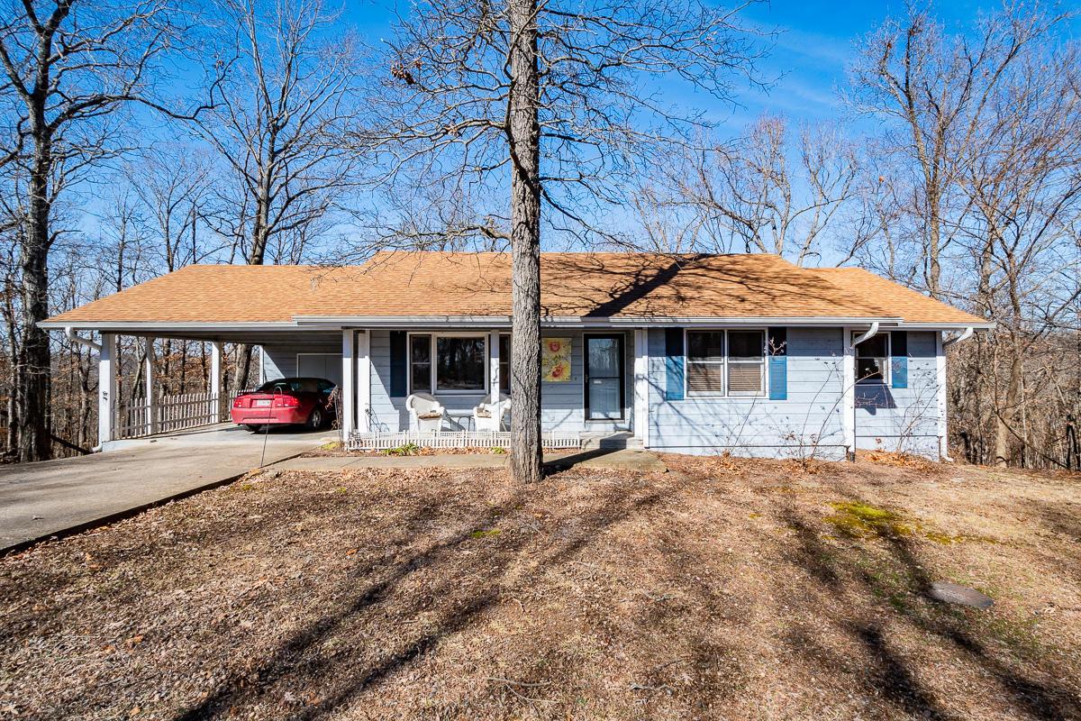 2313 Talking Rocks Road Branson West, MO 65737