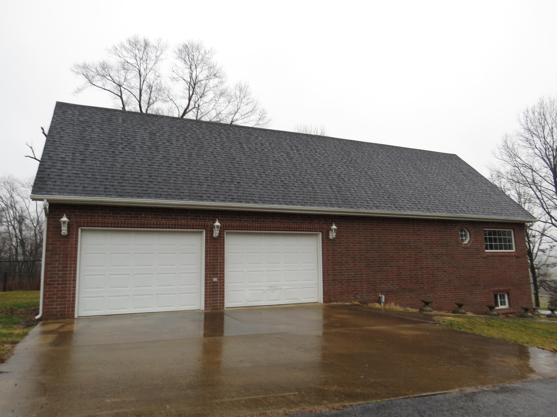 11924 Farm Road 2152 Cassville, MO 65625