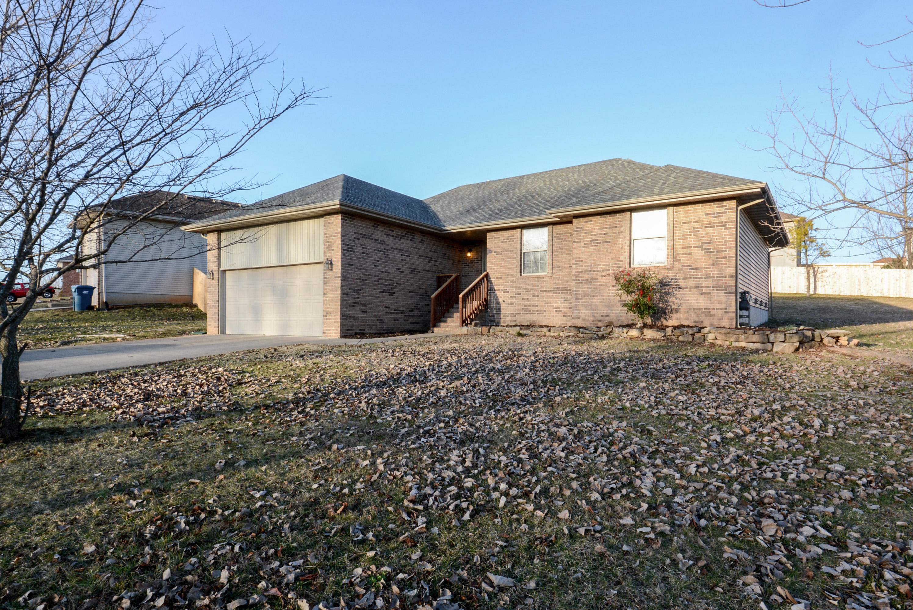 3007 West Riverbluff Drive Ozark, MO 65721