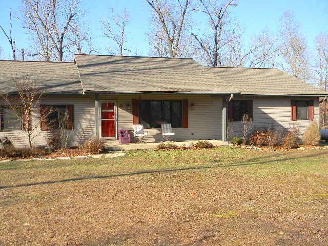 25 White Oak Court Gainesville, MO 65655