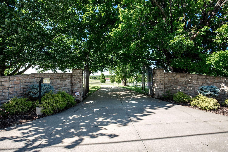 6545 East Farm Rd. Rogersville, MO 65742