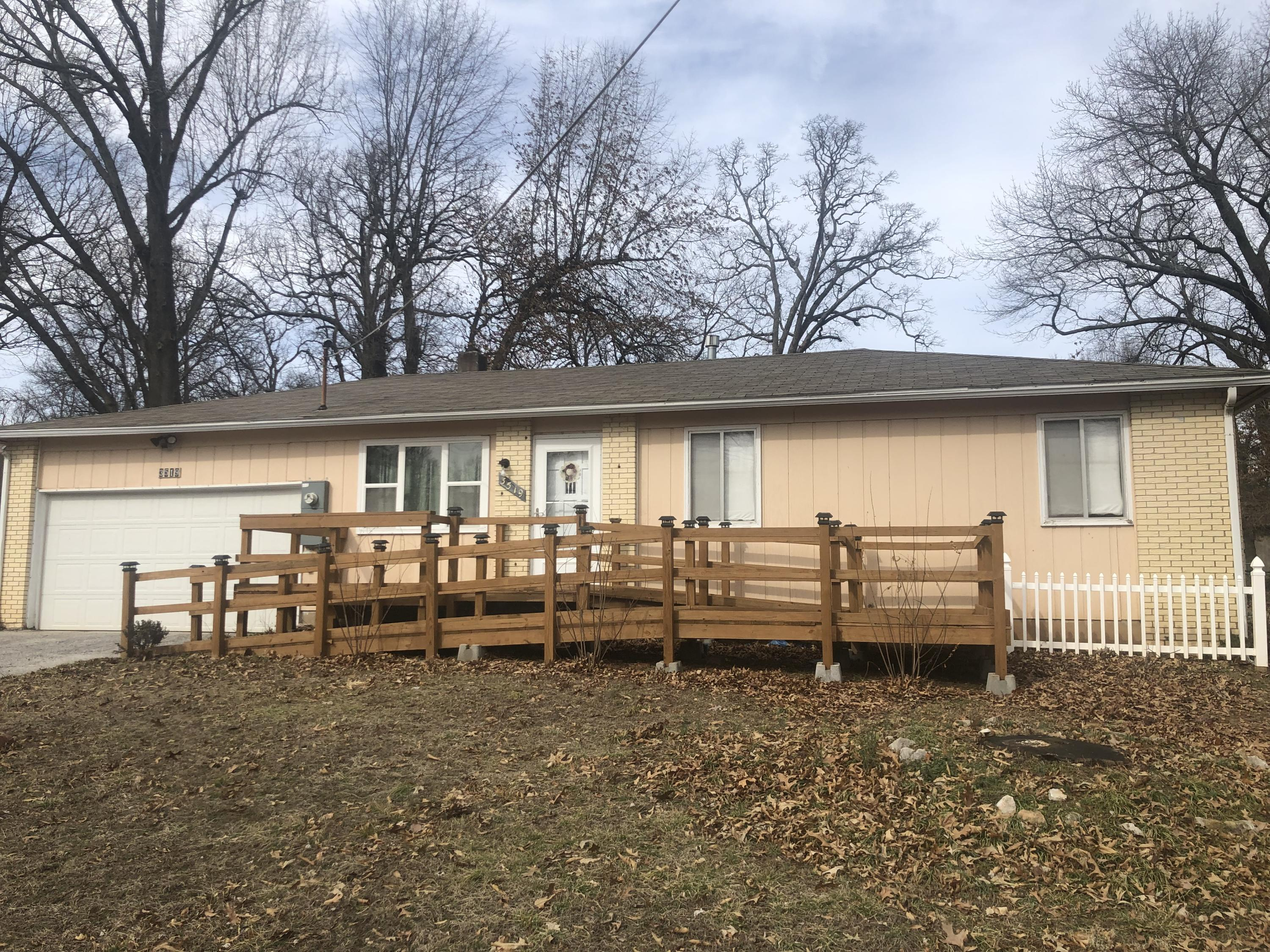 3519 East Fruitwood Lane Springfield, MO 65809