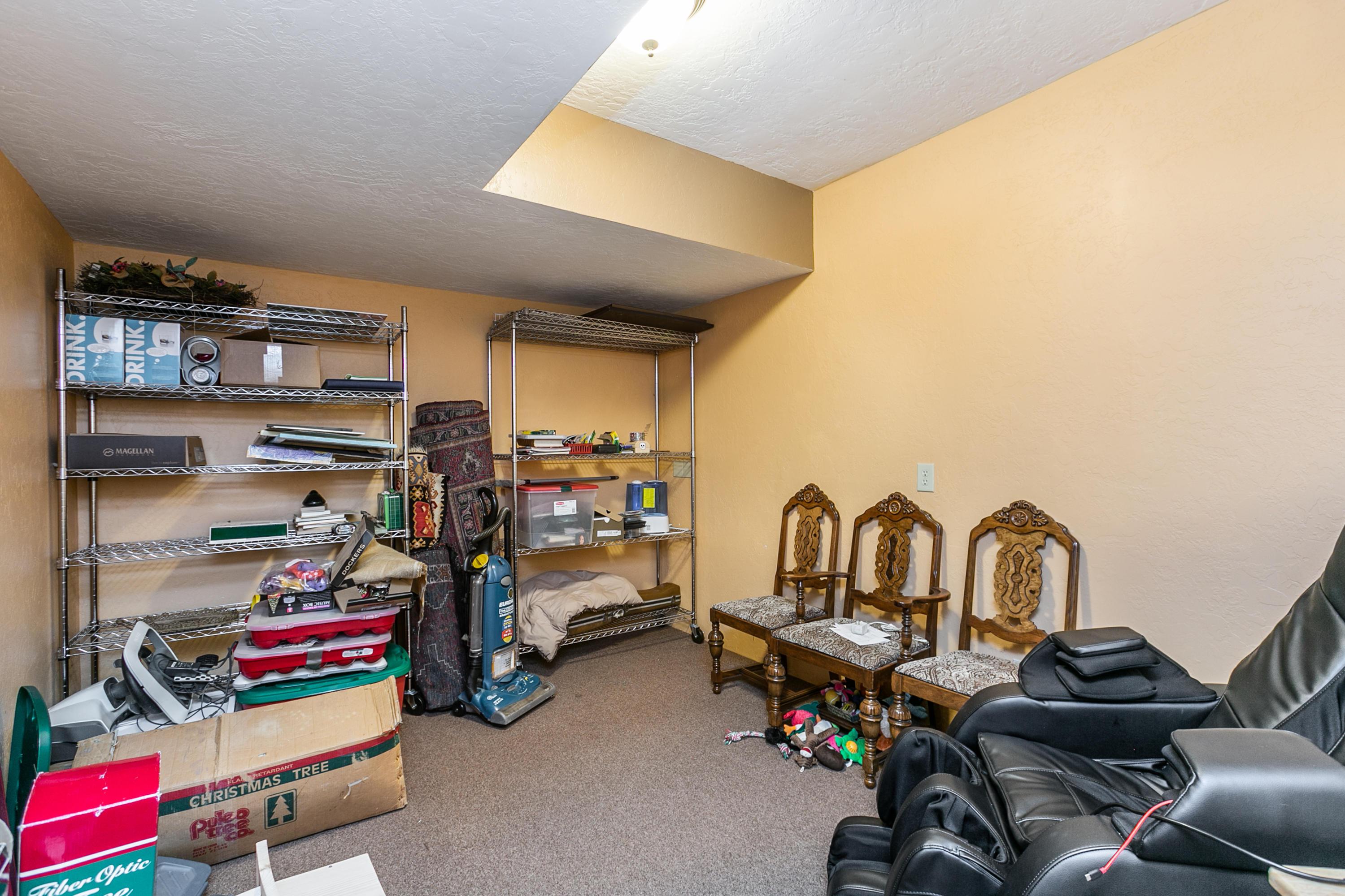 627 North Althea Avenue Nixa, MO 65714