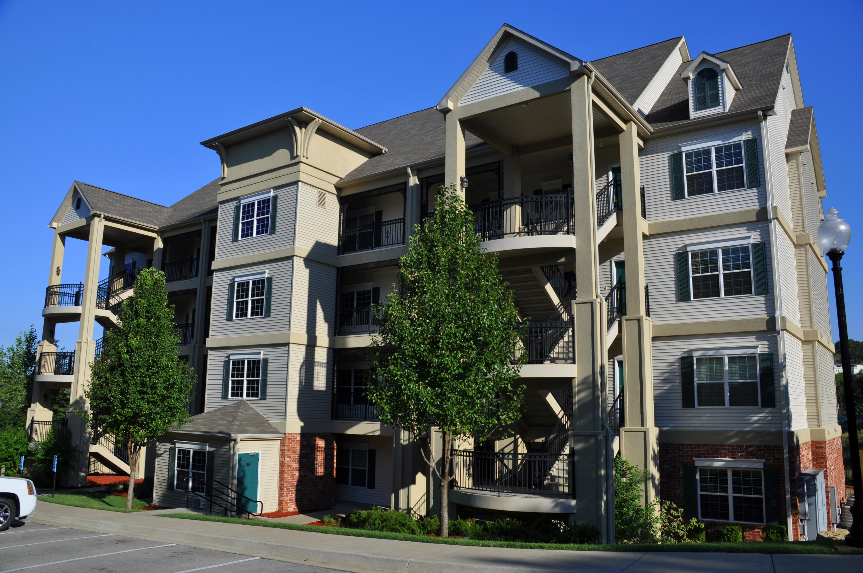 3830 Green Mountain Dr #1301 Branson, MO 65616