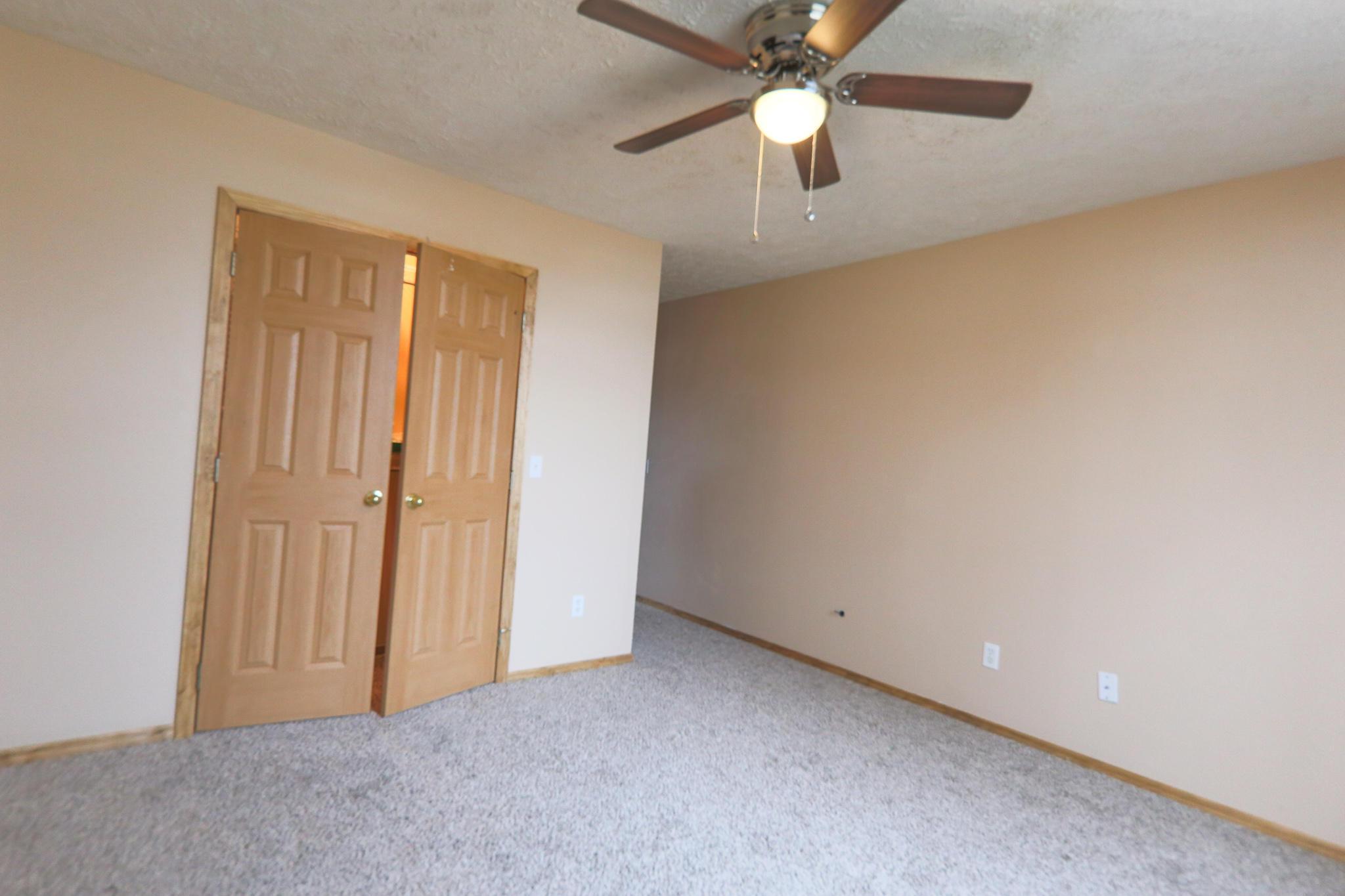 709 Berry Lane Willard, MO 65781