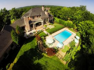 """Silverwood Estate"" nestled on 1.06 Acres"