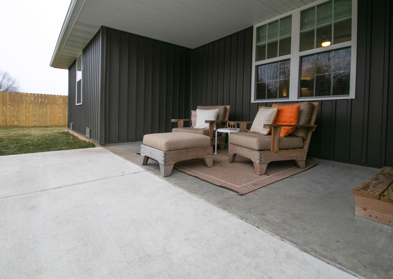5510 North Seacrest Drive Ozark, MO 65721