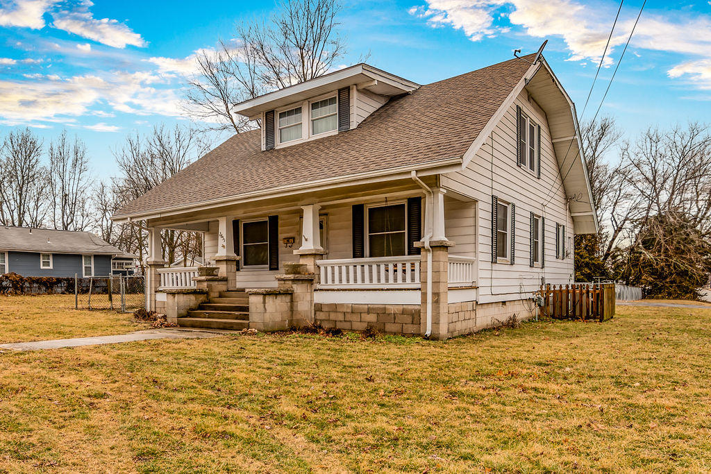 2555 North East Avenue Springfield, MO 65803