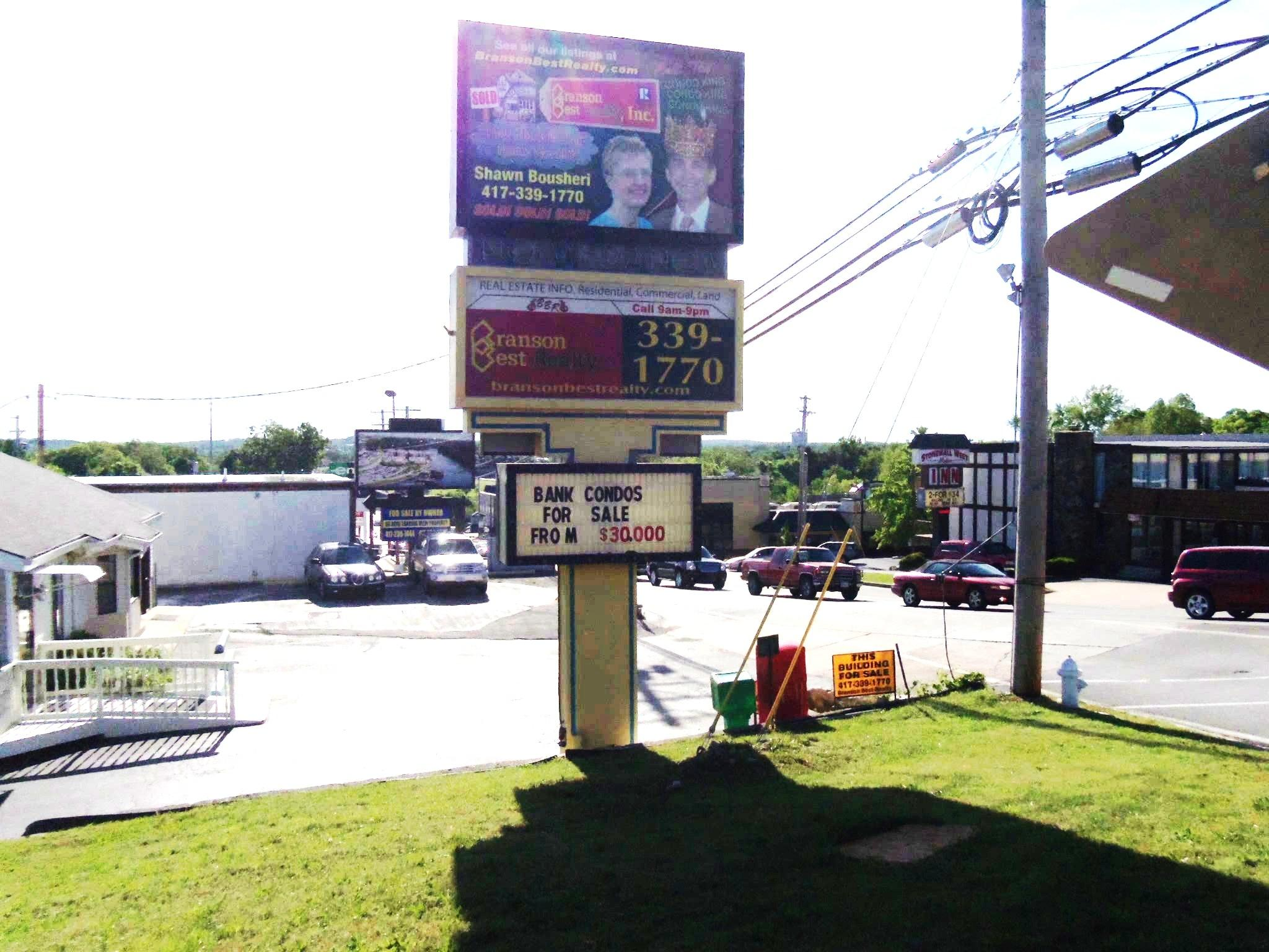 1033 West Main Street Branson, MO 65616