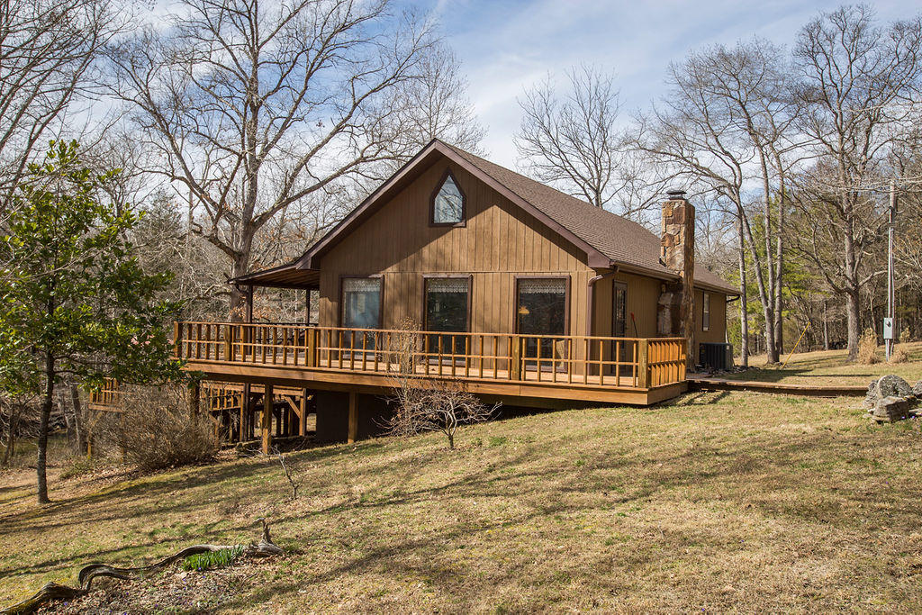 533 & 430 County Road 301A Gainesville, MO 65655