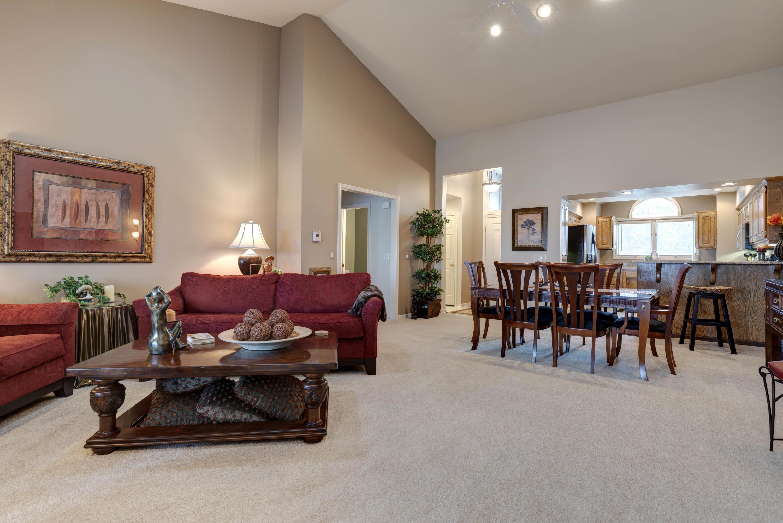 1729 Cedar Ridge Way Branson West, MO 65737